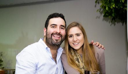 Compromiso de Arturo Hernández y Regina Oliva.