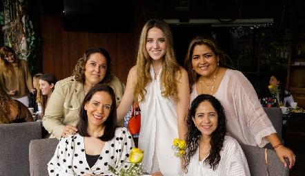 María González, María Orozco, Geo Alderete, Ana Elena Orozco y Pilar Álvarez.