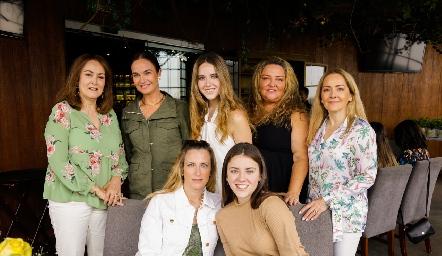 Laura del Pozo, Ana Martha Hernández, María Orozco, María Calvillo, Claudia del Pozo, Cristina Ocejo y Fer Orozco.