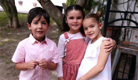 Sebastián, Paula y Carlota.