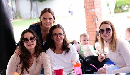 Ale Díaz Infante, Miriam García, Mariana Vivanco, Andrea y Paty García.