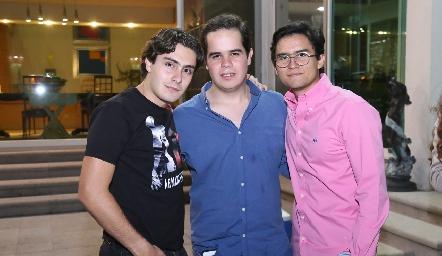 Christian Faz, Pato Aranda y Andrés Bravo.