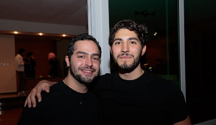Santiago Maza y José Martínez.