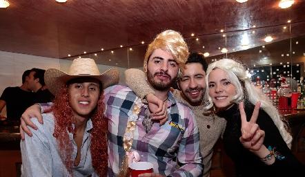 Marco Guerrero, Nacho Maqueo, Carlos Salinas y Renata Nava.