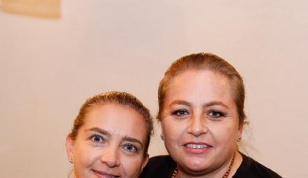 Karina Navarro y Montse Gutiérrez.