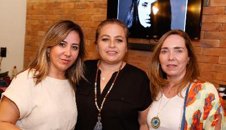 Alejandra Padilla, Guerra Gutiérrez y Rocío Valle.