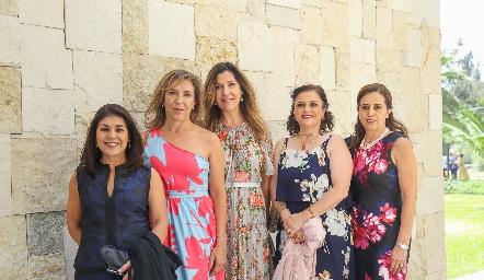 Tuti González, Rosy Díaz Infante, Gabriela, Fabiola González y Laura Gómez.