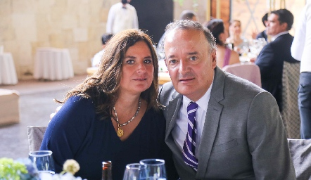 Sara y Juan Carlos Villanueva.