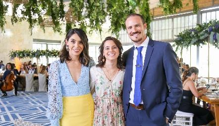 Adri, Marijó y Pato.