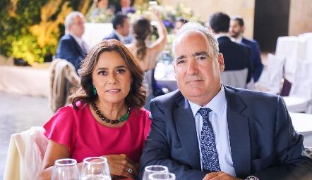 Laura Acosta y Ricardo Raymond.