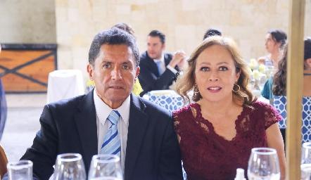 Jesús Jasso y Gloria Acosta.