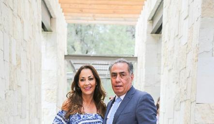 Silvia y Gerardo Chevaile.