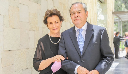 Martha Elena Torres y Ernesto Madrigal.