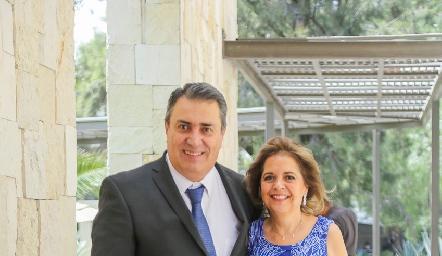 Ricardo Espinosa y Conchita Maza.
