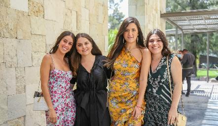 Natalia Navarro, Naela Sáenz, Ana Paula González y Catalina Esper.