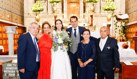 Pedro Torres, Ana Luisa Acosta, Sofía Torres, Alejandro Sánchez Velázquez, Paloma Velázquez y Francisco Javier Sánchez.