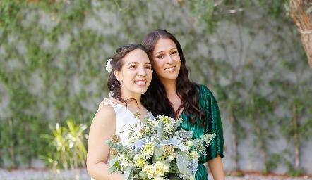 Sofía Torres y Carmen Del Valle.