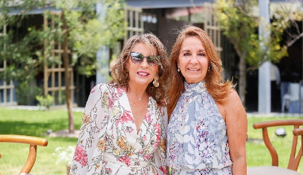 Alicia de Alba y Maru Velázquez.