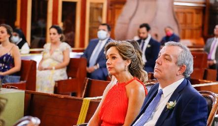 Ana Luisa Acosta de Torres y Pedro Torres Trueba, papás de Sofi.