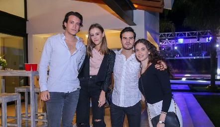 Jean Franco Pizzuto, Paulina Mabius, Jero Gómez y Lucía Hernández.