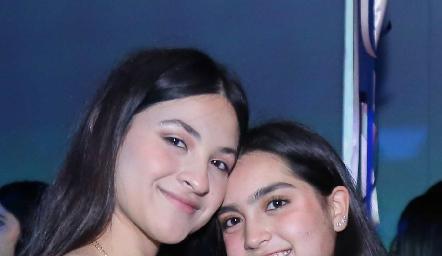 Victoria Rendón y Valentina Ethernod.