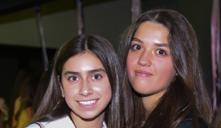 Nuria Torrescano y Ana Ceci Córdova.