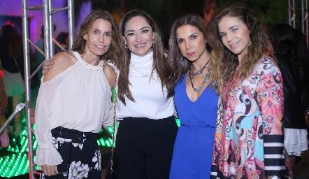 Ale Allende, Ángelica Pardiña, Mayra Ortega y Sigrid Werge.