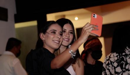 Daniela e Isa Navarro.