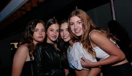 Ana Paula Castanedo, Natalia Nayel, Valentina Carmao y Laya Aguilar.