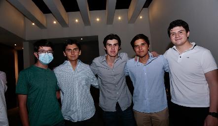 Carlos, Luis Fernando, Arturo, Nicolás y Sebastián.
