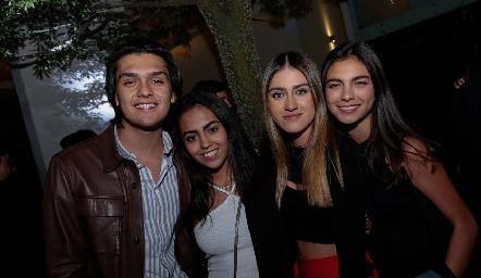 Mario Macías, Pili Medina, Michelle Martin y María Paula Duque.