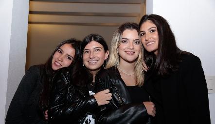 María Alcalde,  Ana Pau García, María Inés Macías y Natalia Gárate.