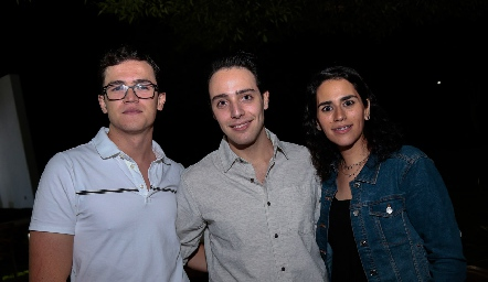 Josef Abud, Salomón Dip y Daniela Rodríguez.