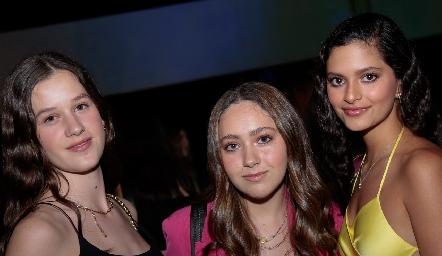 Mariana Mendizábal,  Bárbara Lafuente y Valeria Delsol.