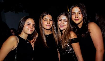 Luciana Urías, Jimena González, Raquel Champa y Eugenia Serrano.