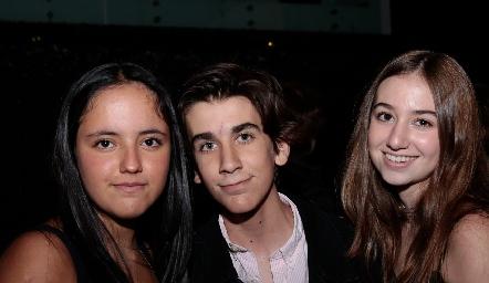Fátima Ruiz, Daniel Díaz e Isa Burber.