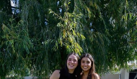 Carlota Nava y Camila Reyes.