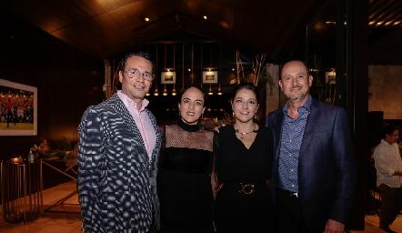 Xavier Nava, Nancy Puente, Adriana Calderón y Manuel Toledo.
