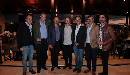 Boro Quijano, Juan Hernández, Manuel Toledo, Federico García, Gildo Gutiérrez, Oscar Zermeño y Mario Macías.