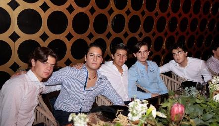 Juan Carlos Hernández, Roberto Silva, Patricio Ojeda, Pato Sarquis y Ale Cambeses.