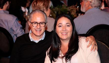 Jorge y Claudia Aldrett.