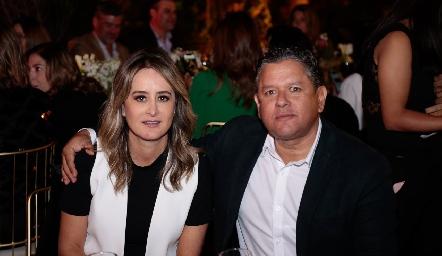 Gaby Acosta y Pepe Guevara.