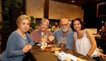 Lourdes Aguiñaga, Maricarmen Gutiérrez, Juan Carlos Fernández y Tere Minondo.