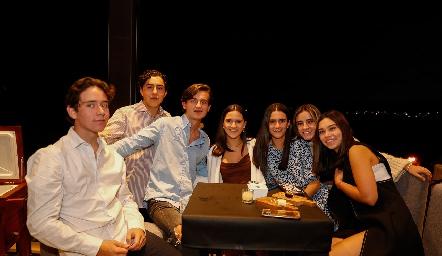 Jacobo Payán, Pato Sarquis, Pablo Morales Carola García, María Emilia Cohen, Marijó Ortiz y Andrea Herrera.