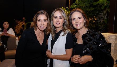 Cecilia Limón, Gabriela Acosta y Ofelia González.