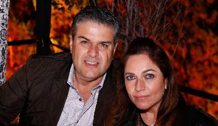Salomón Dip y Claudia Altamirano.