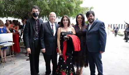 Esteban Romo, Raúl Romo, Irma Lilia de Romo, Graciela Castañeda y Rodrigo Arredondo.