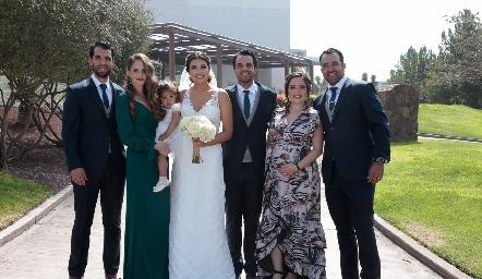 Alejandro Romo, Ivonne Guajardo, María Romo, Diana Villanueva, Samuel Romo, Susana Lozano y Mauricio Romo.
