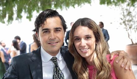 Javier Gómez y María Stevens.