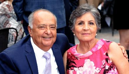 Miguel Ángel Herrera y Rosa Elena Padilla.
